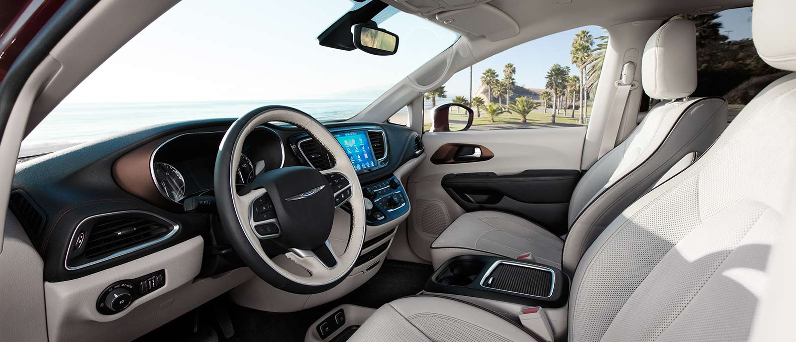 2017 Chrysler Pacifica seats