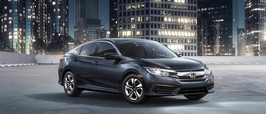 2016 Honda Civic city scene