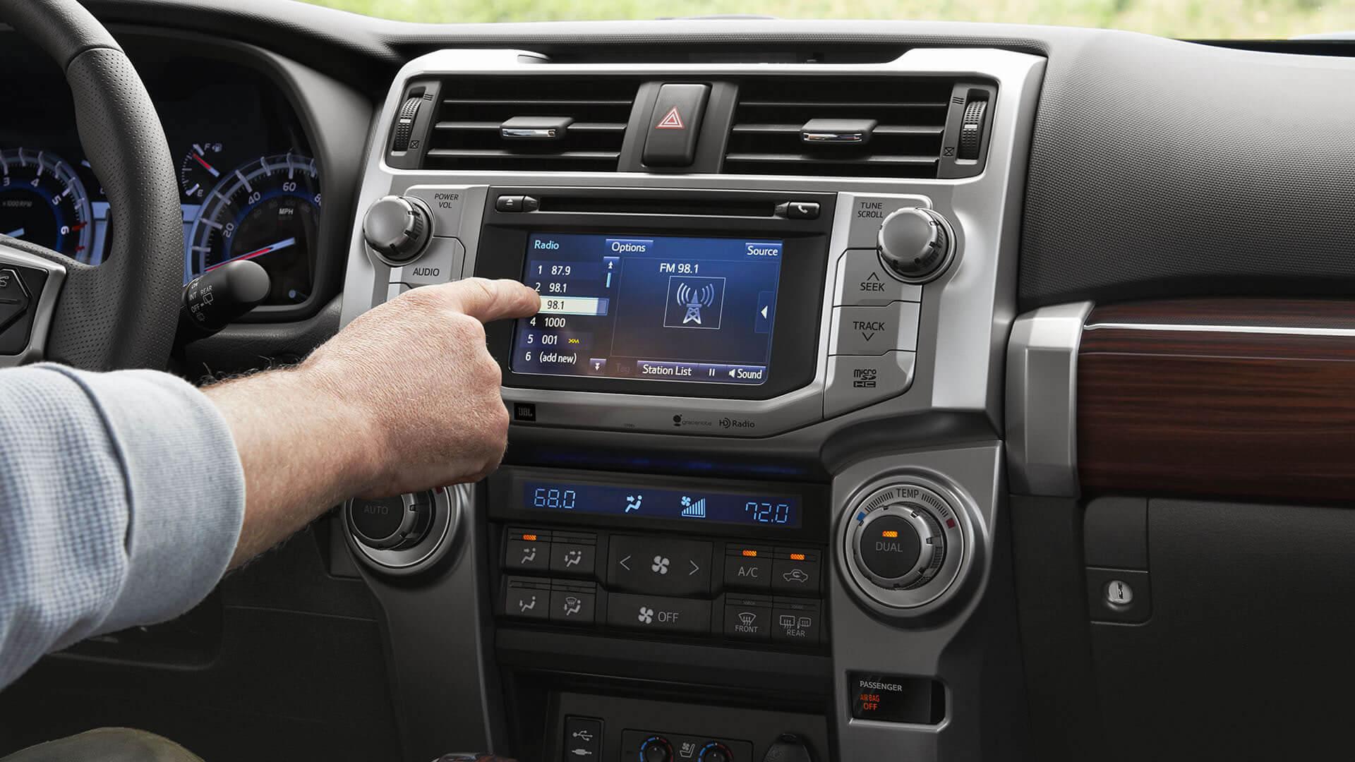2016 Toyota 4Runner Touchscreen