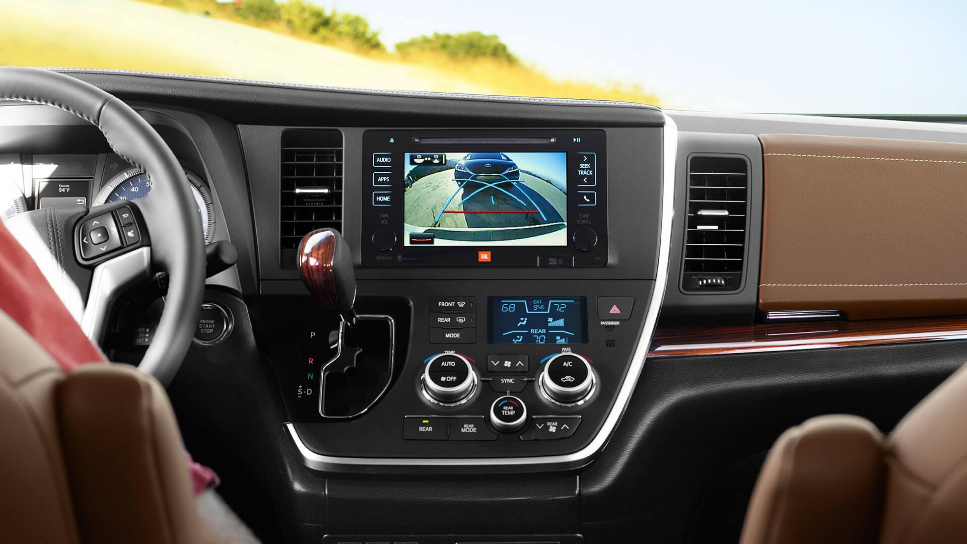 2016 Toyota Sienna camera