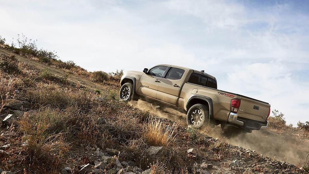 2016 Toyota Tacoma uphill