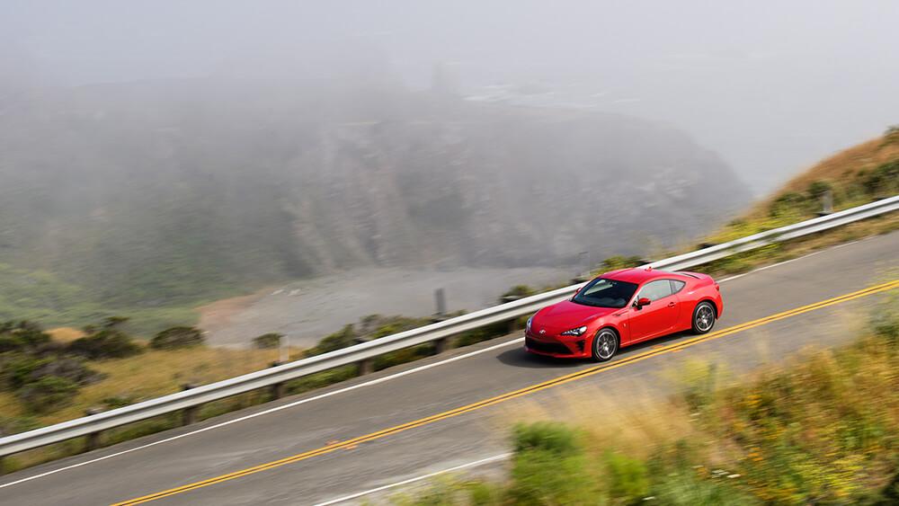 2017 Toyota 86 Driving