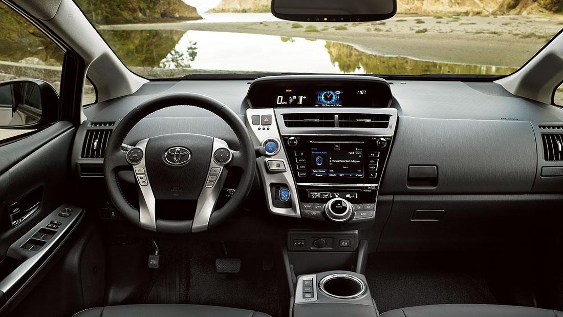 2016 Toyota Prius V Dash