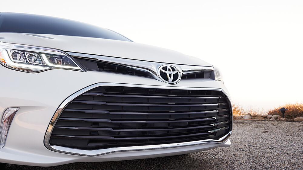 2017 Toyota Avalon Grill