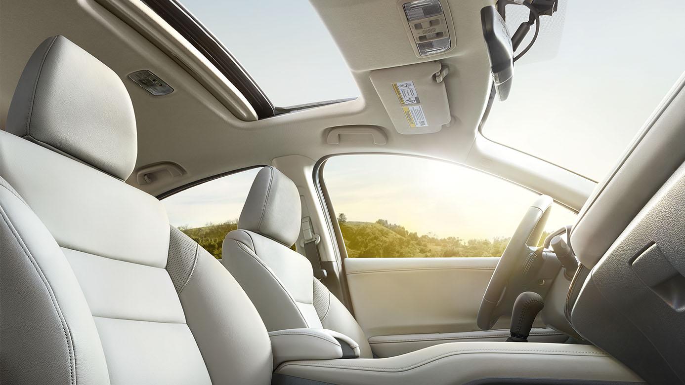 2017 Honda HR-V premium interior