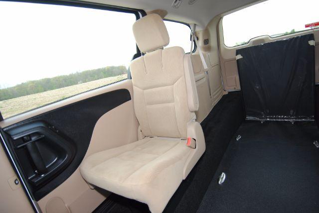 Dodge Grand Caravan Kneelvan™ Interior