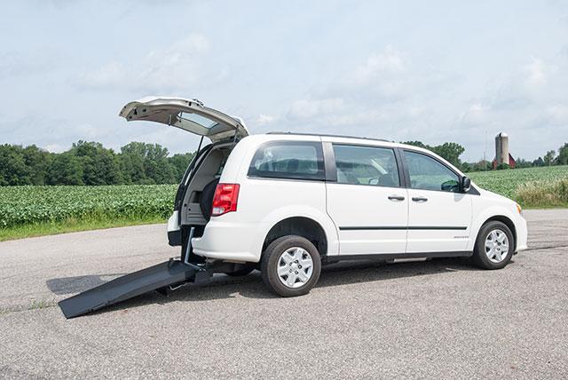 Dodge Grand Caravan Kneelvan™