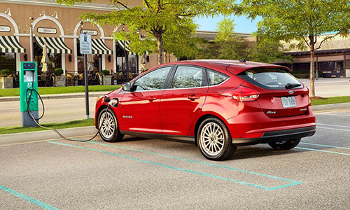 2017 Ford Focus Charging