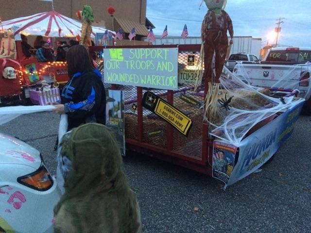 HTR2015_HalloweenParadeCover