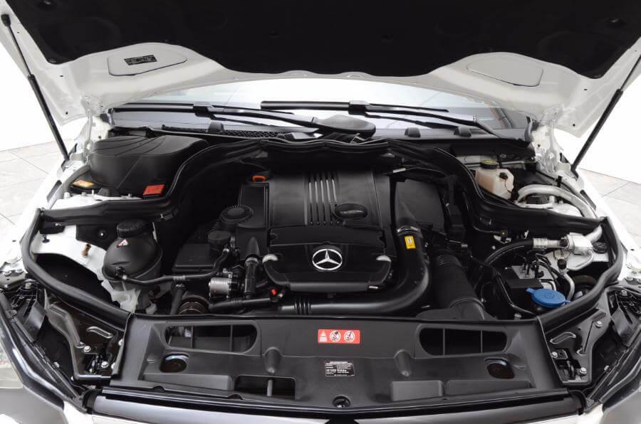 2014 Mercedes C250 Engine