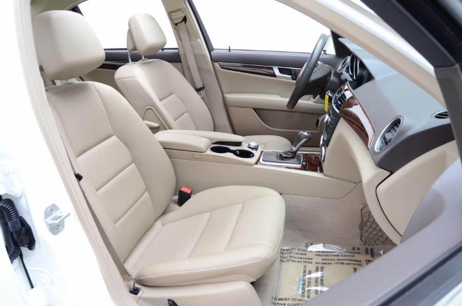 2014 Mercedes C250 Passengers Seat