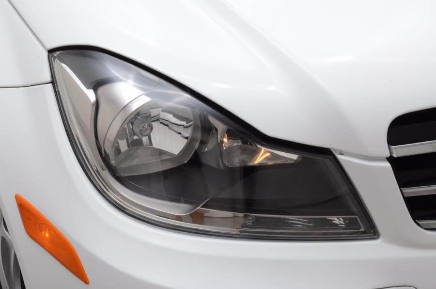 2014 Mercedes C250 Passengers Side Headlight