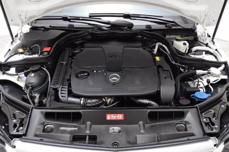 2013 Mercedes C300 Exterior engine