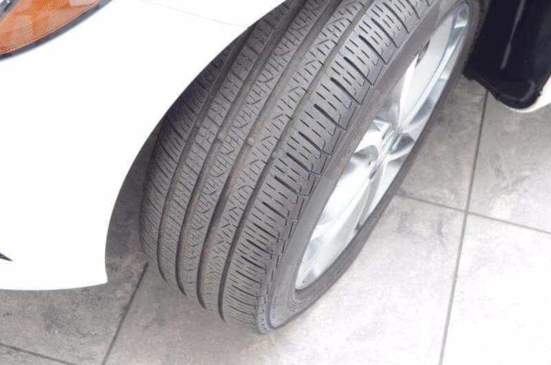 2015 Mercedes C300 Front Drivers Side Tire