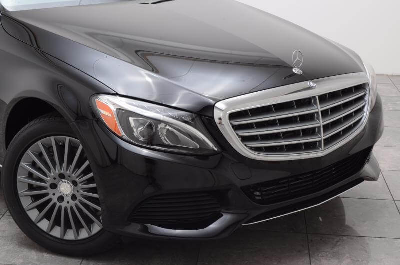 2015 Mercedes C300 Lxurry Exterior Front Passengers Side