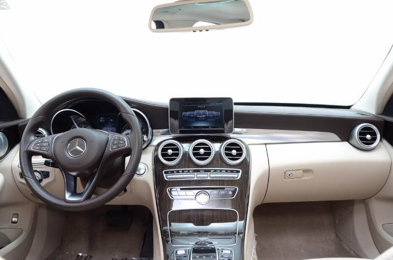 2015 Mercedes C300l Interior Looking Forward From Back