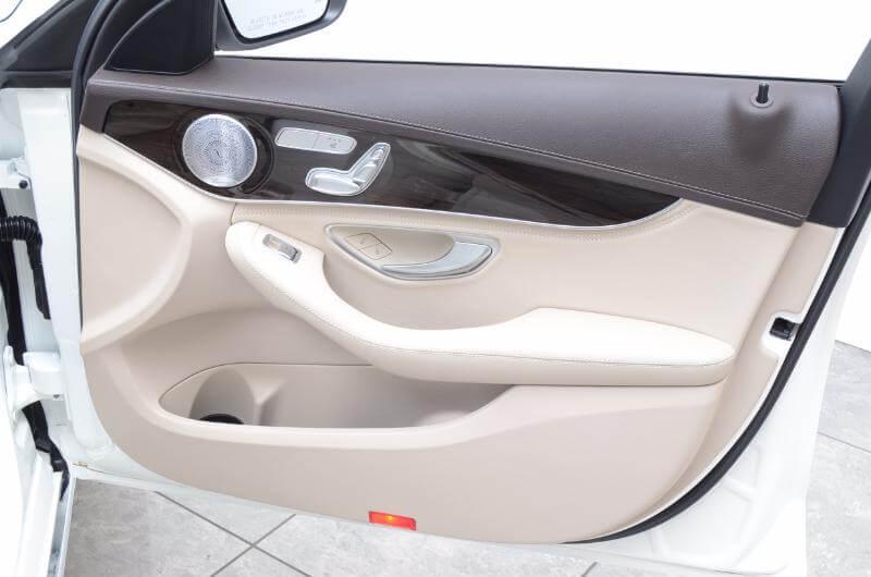 2015 Mercedes C300l Interior Passengers Side Door