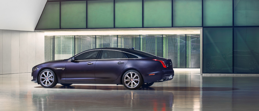 2016 Jaguar XJ Side