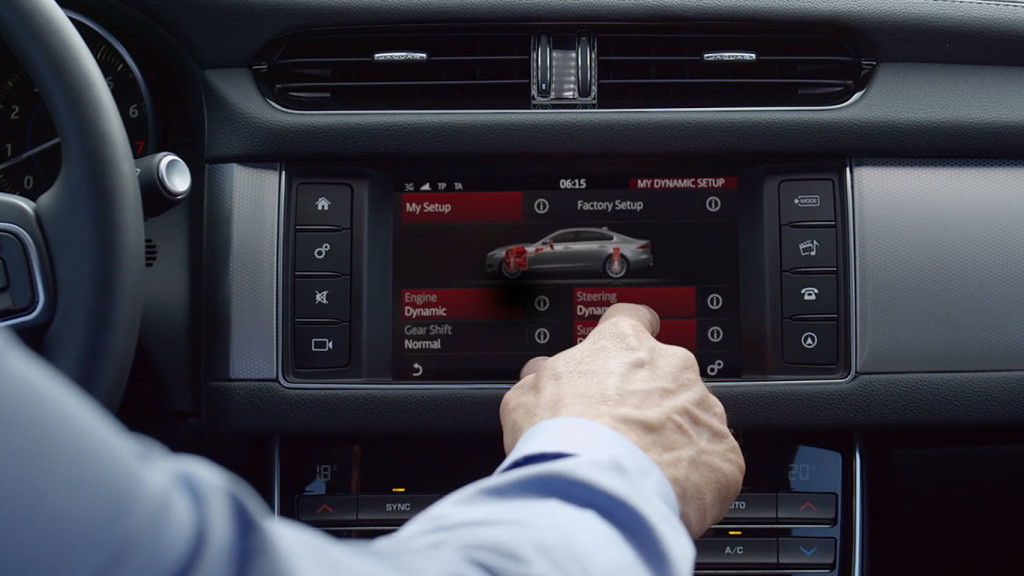 2017 Jaguar XF Touchscreen