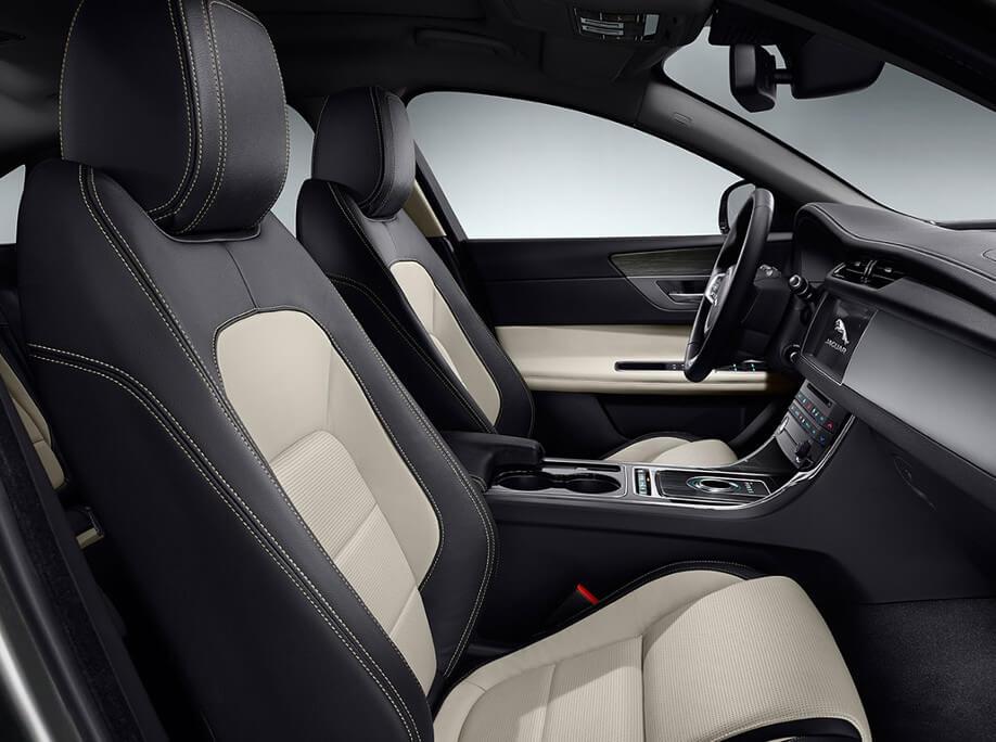 2017 Jaguar XF interior