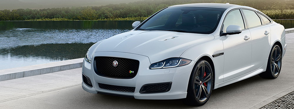 2016-Jaguar-XJ-White1