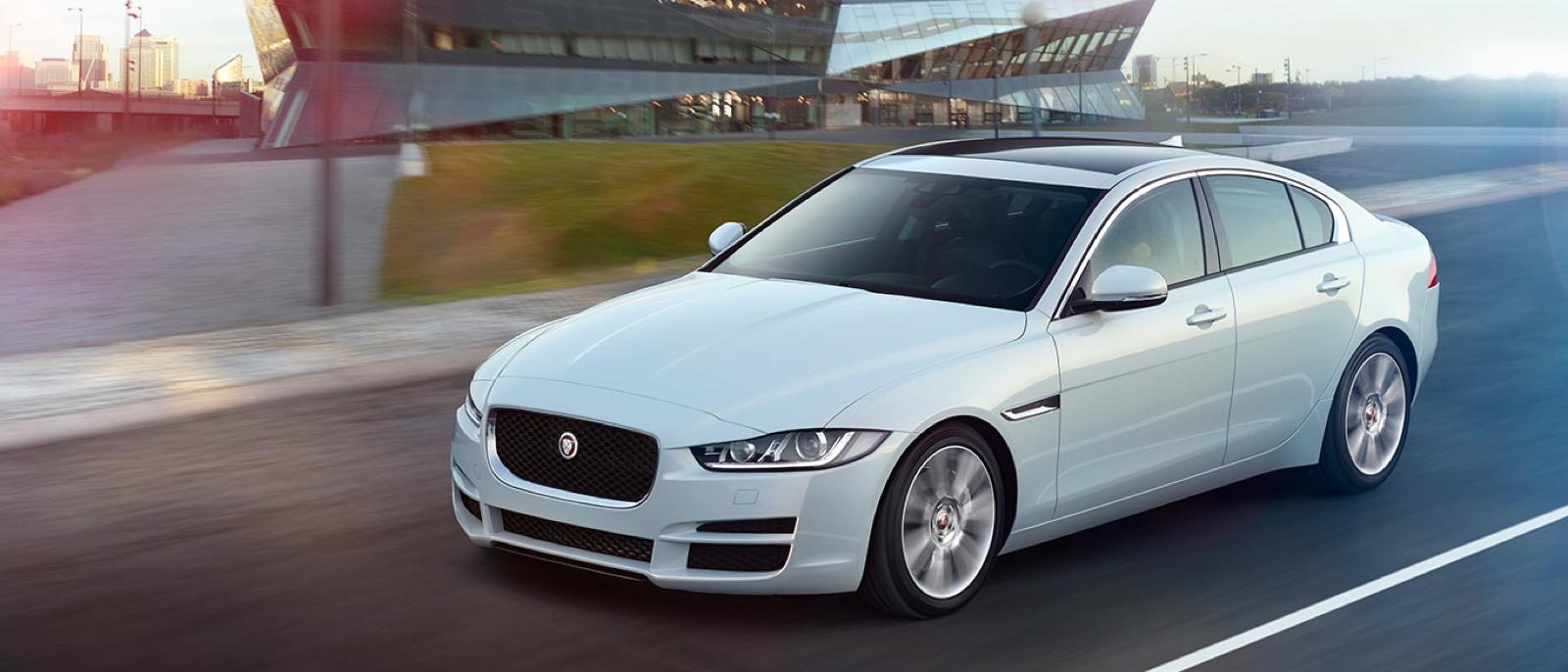 2016-Jaguar-XE-