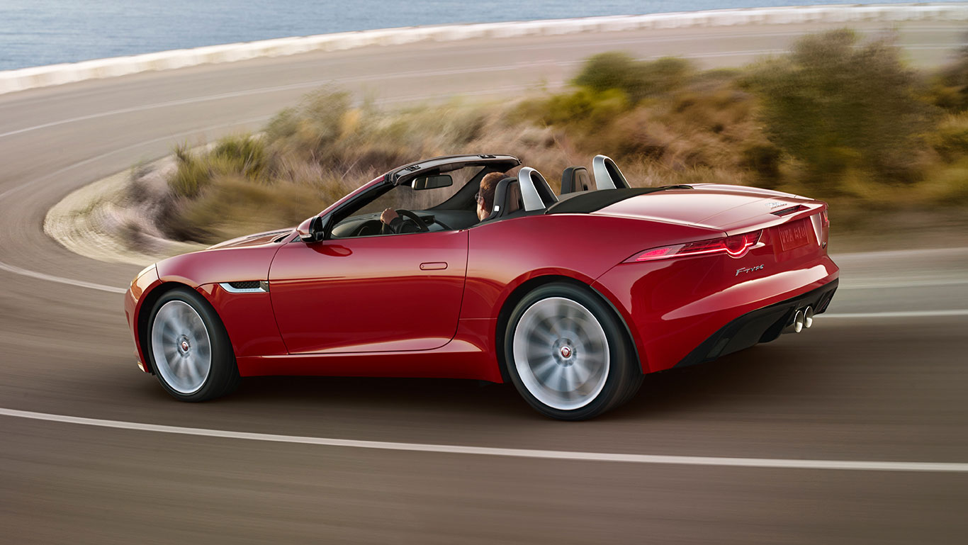 2017 Jaguar F-Type Convertible red
