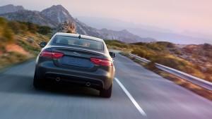 2017 Jaguar XE downhill