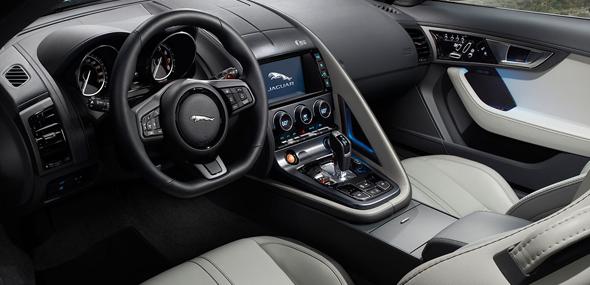2017 Jaguar F-Type Coupe Dash