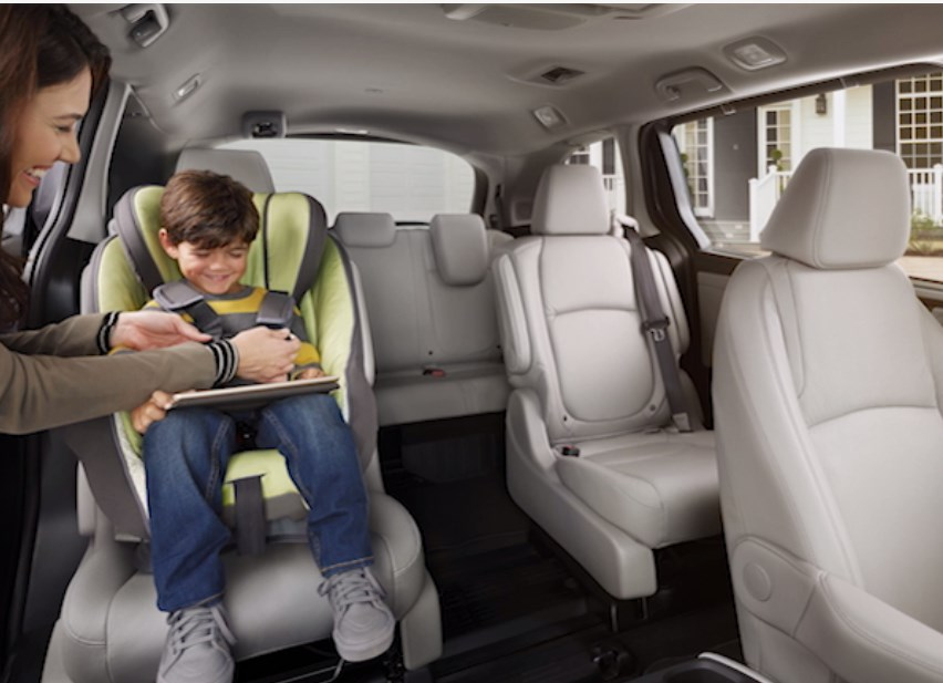 2018 Honda Odyssey Magic Slide Seats
