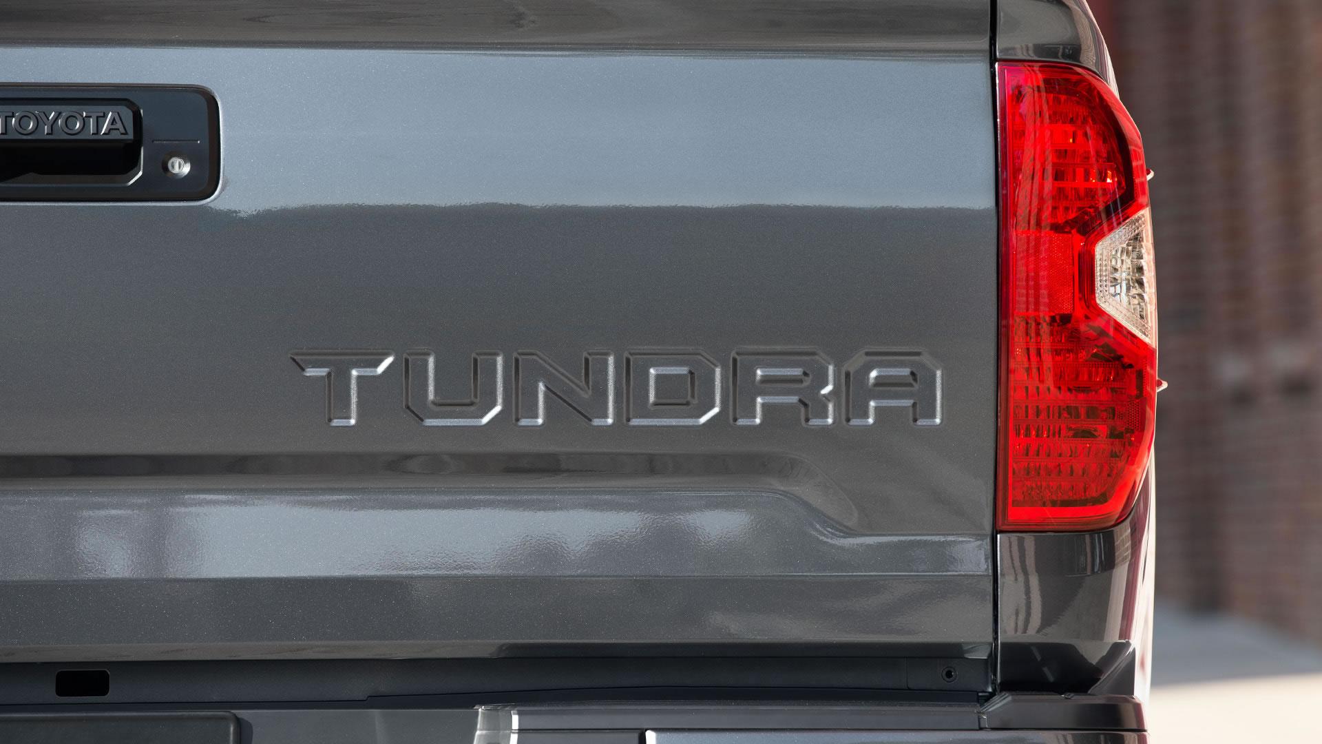 2016 Toyota Tundra Styling
