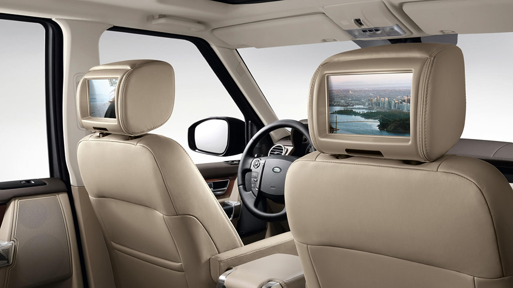 2016 Land Rover LR4 Seats