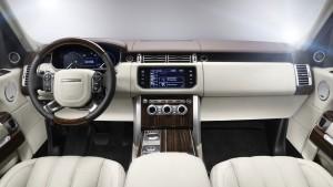 2016 Range Rover dash