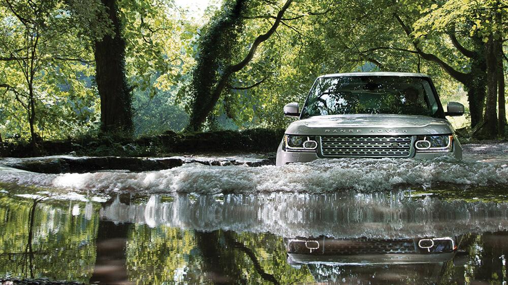 2016 Range Rover water