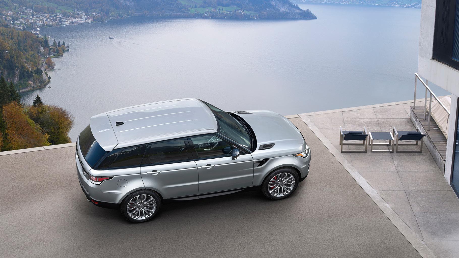 overhead 2017 Land Rover Range Rover Sport