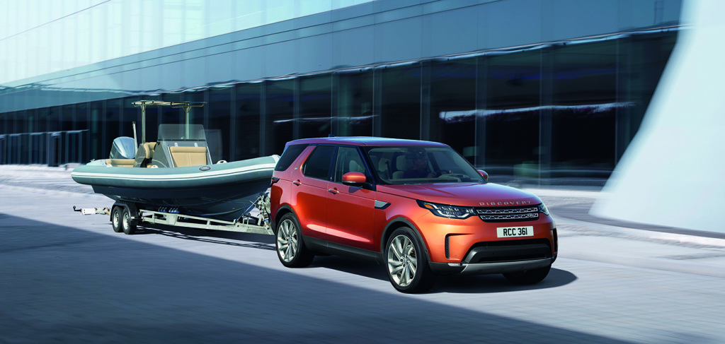The new Discovery with a towing capacity of 8200 lbs.