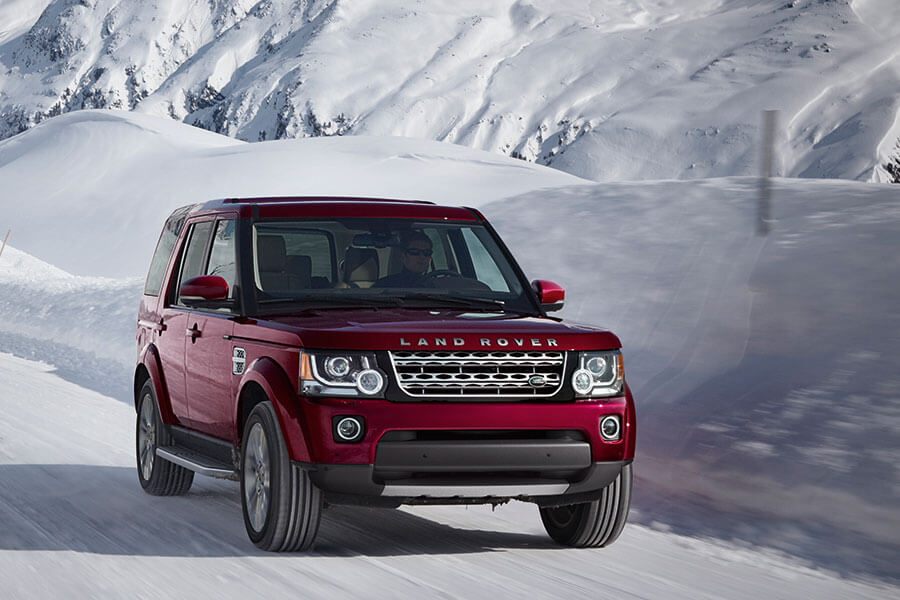 2016 Land Rover LR4 performance