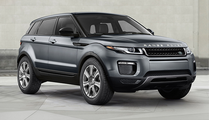 2017 Land Rover Evoque SE Premium parked