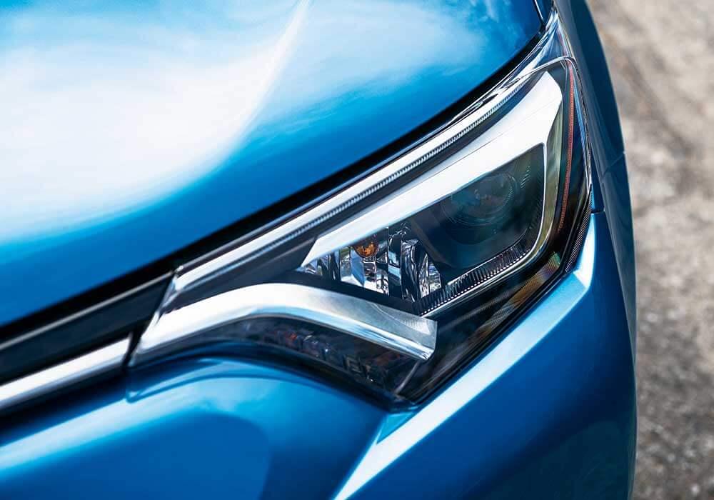 2016 Toyota RAV4 Hybrid design