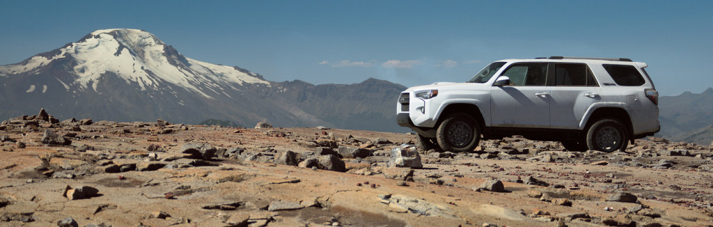 2016 Toyota 4Runner mountains