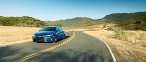 2016 Toyota Camry highway