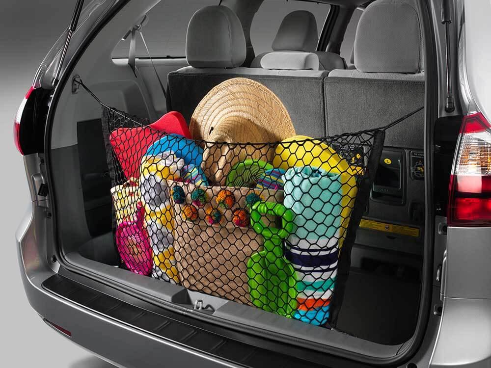 2016 Toyota Sienna cargo