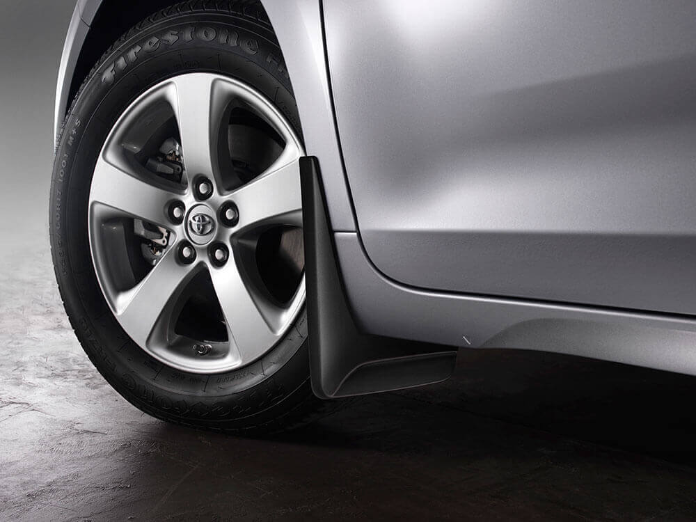 2016 Toyota Sienna safety tire