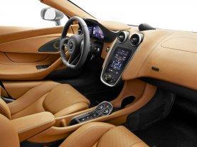 570S Interior Dash