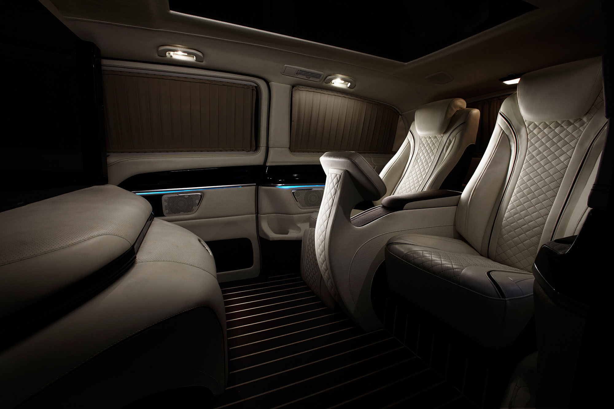 New Mercedes-Benz midsize commercial van to be named Metris