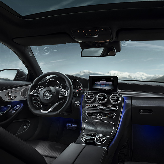 2017 Mercedes-Benz C-Class Dashboard