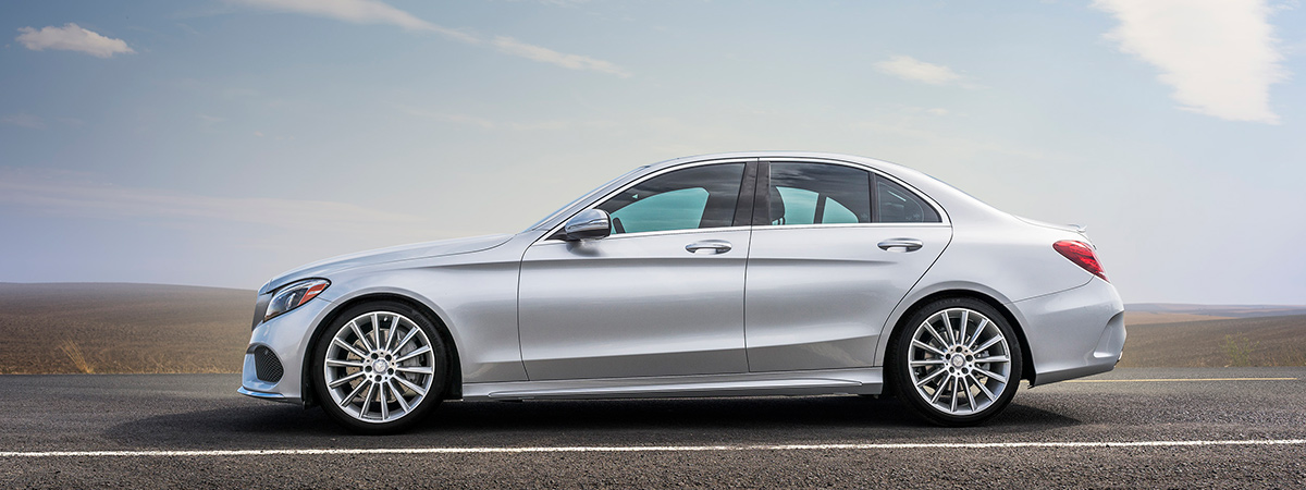 2016 Mercedes-Benz C-Class Sedan Front View Driving