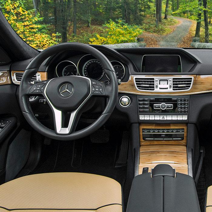 2016 Mercedes-Benz E-Class Dashboard