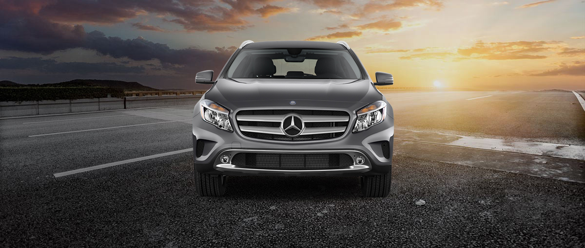 2017 Mercedes-Benz GLA Angular Front