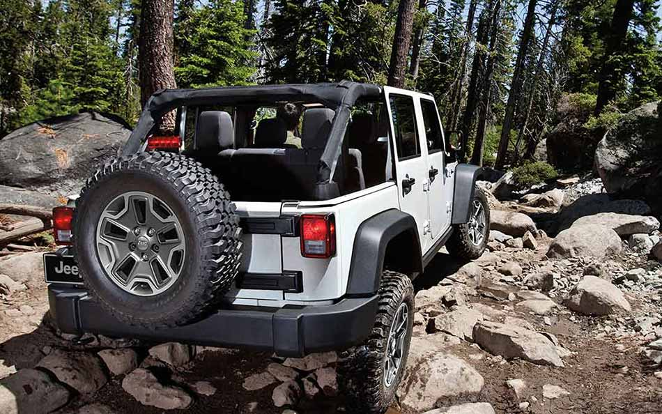 2016 Jeep Wrangler Unlimited Rear Exterior
